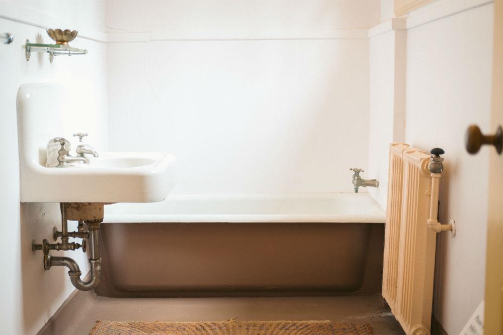 Plomberie baignoire à Aubervilliers (93)
